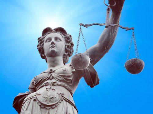 Questioni pregiudiziali e sospensione del processo penale