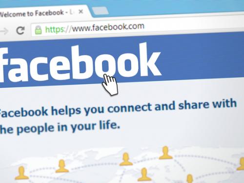 Offese su Facebook: scatta il penale, è diffamazione aggravata