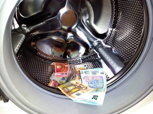648 bis cp: riciclaggio di denaro, beni o altre utilità provenienti da delitto